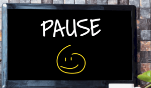 take a social media pause for your health